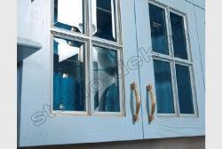 Steklo s facetom v kuhonnyh fasadah