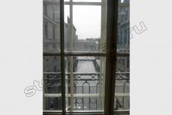 Steklo s facetom v oknah