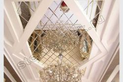 Dekorativnoe panno iz zerkal'noj plitki s facetom na potolke (1)