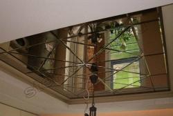 Dekorativnoe panno iz zerkal'noj plitki s facetom na potolke (2)