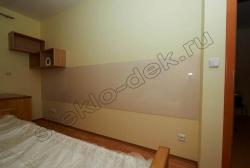 Otdelka sten krashenym steklom LAKOBEL'' 1013 zhemchuzhno-belyj
