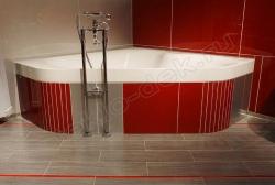 Otdelka sten sanuzlov krashenym steklom LAKOBEL'' 1586 krasnyj (1)