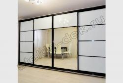 Krashenoe steklo LAKOBEL'' 9003 ul'tra-belyj v razdvizhnyh dverjah shkafa-kupe (5)