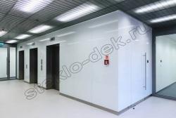 Primenenie stekla LAKOBEL'' 9003 ul'tra-belyj dlja otdelki sten pomeshhenija (2)