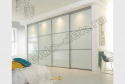 Krashenoe steklo LAKOBEL'' v razdvizhnyh dverjah shkafa-kupe 9010 belyj (1)
