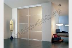 Razdvizhnye dveri vstroennogo shkafa-kupe s matirovannym zerkalom (4)